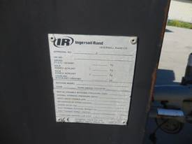 INGERSOLL-RAND 7/71 270CFM MOBILE DIESEL AIR COMPRESSOR - picture7' - Click to enlarge