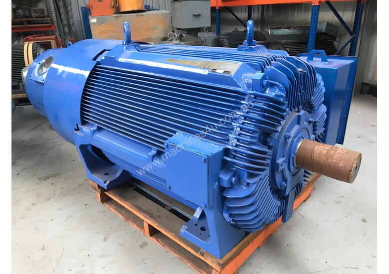 new 2003 or unknown 450 kw 600 hp 6 pole 3300 v slip ring