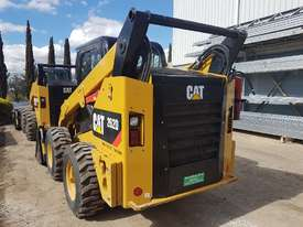 USED CAT 262D XPS SKIDSTEER WITH LOW 960 HOURS - picture4' - Click to enlarge