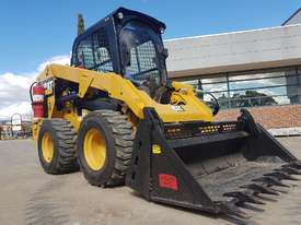 USED CAT 262D XPS SKIDSTEER WITH LOW 960 HOURS - picture8' - Click to enlarge