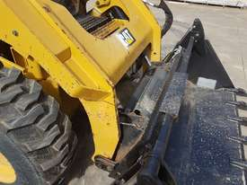 USED CAT 262D XPS SKIDSTEER WITH LOW 960 HOURS - picture13' - Click to enlarge
