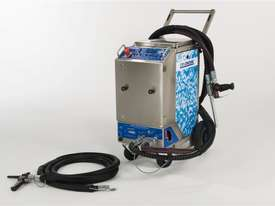 Combi 72 three machines in one dry ice blaster  - picture2' - Click to enlarge