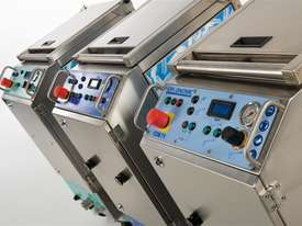 Combi 72 three machines in one dry ice blaster  - picture3' - Click to enlarge