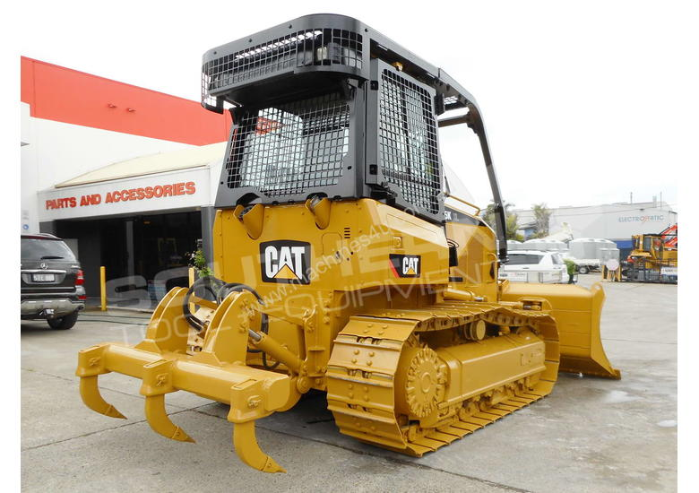 Used Caterpillar D5K XL Dozer in , - Listed on Machines4u