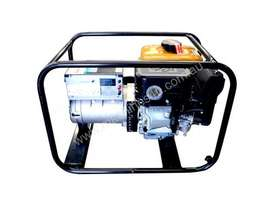 Cromtech 7kVA Welder Generator Powered by Subaru - picture1' - Click to enlarge