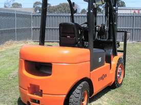 Everun Australia FD35 - 3500kg Capacity Diesel Forklift  - picture4' - Click to enlarge