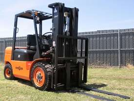 Everun FD35 - 3500kg Capacity Diesel Forklift  - picture9' - Click to enlarge