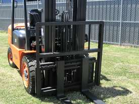 Everun FD35 - 3500kg Capacity Diesel Forklift  - picture11' - Click to enlarge