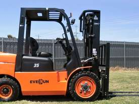 Everun FD35 - 3500kg Capacity Diesel Forklift  - picture13' - Click to enlarge