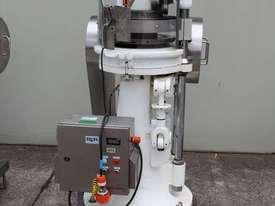 Tablet Press - picture5' - Click to enlarge
