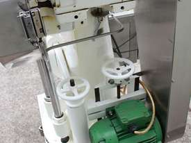 Tablet Press - picture7' - Click to enlarge