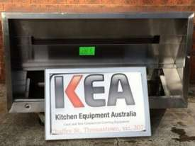 1700 USED STAINLESS STEEL EXHAUST CANOPY - picture1' - Click to enlarge