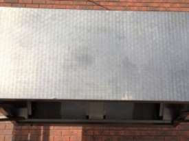1700 USED STAINLESS STEEL EXHAUST CANOPY - picture2' - Click to enlarge