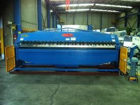 Aussie Designed 4000mm X 4mm Hydraulic - picture10' - Click to enlarge