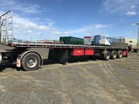 Moore Semi Flat top Trailer - picture0' - Click to enlarge