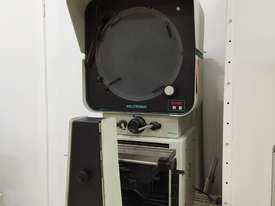 Deltronic Optical Comparator - picture0' - Click to enlarge