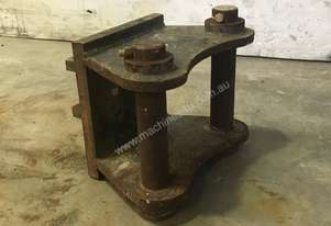 HEAD BRACKET TO SUIT 4-6T EXCAVATOR D966