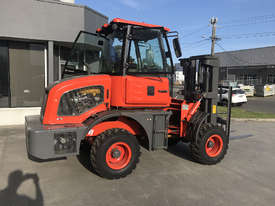 2018 Summit 3 Tonne 4WD Rough Terrain Forklift with  3 Stage 4.5 meter Mast - picture2' - Click to enlarge