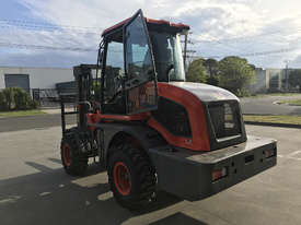 2018 Summit 3 Tonne 4WD Rough Terrain Forklift with  3 Stage 4.5 meter Mast - picture5' - Click to enlarge