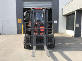 2018 Summit 3 Tonne 4WD Rough Terrain Forklift with  3 Stage 4.5 meter Mast - picture9' - Click to enlarge