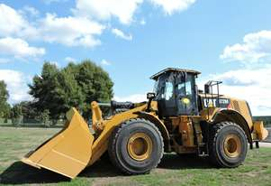 Caterpillar 2015 CAT 972M Wheeled Loader