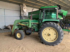John Deere 4040 2WD Tractor - picture0' - Click to enlarge
