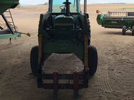 John Deere 4040 2WD Tractor - picture4' - Click to enlarge