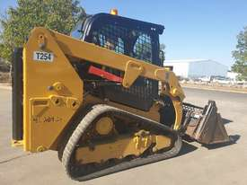 2017 CAT 239D TRACK LOADER, FULL SPEC WITH 875 HOURS - picture0' - Click to enlarge