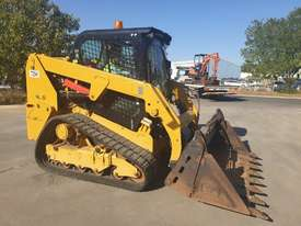 2017 CAT 239D TRACK LOADER, FULL SPEC WITH 875 HOURS - picture2' - Click to enlarge