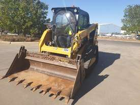 2017 CAT 239D TRACK LOADER, FULL SPEC WITH 875 HOURS - picture5' - Click to enlarge