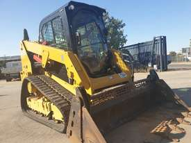 2017 CAT 239D TRACK LOADER, FULL SPEC WITH 875 HOURS - picture18' - Click to enlarge