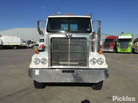 2003 Western Star 4800FX - picture1' - Click to enlarge
