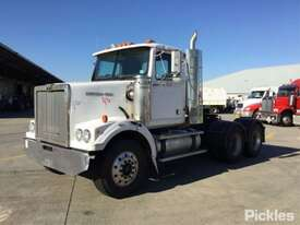 2003 Western Star 4800FX - picture2' - Click to enlarge