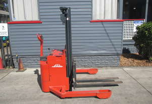 1.6 ton Cheap Walkie Electric Stacker