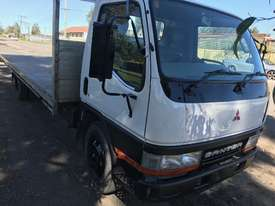 2001 MITSUBISHI CANTER L 500/600 - picture1' - Click to enlarge