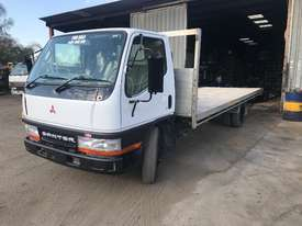 2001 MITSUBISHI CANTER L 500/600 - picture0' - Click to enlarge