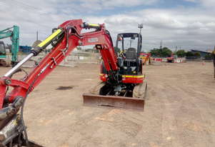 Used 2015 Kubota U55 Mini 5.5T Excavator for sale, 2090.50 - Pinkenba, QLD