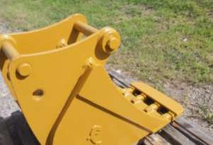 1999 450mm Jaws Bucket - NOW $660 GST inc.