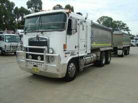 2002 KENWORTH K104 TIPPER - picture1' - Click to enlarge