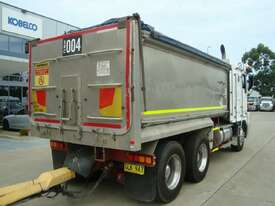 2002 KENWORTH K104 TIPPER - picture2' - Click to enlarge