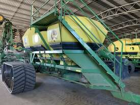 2012 John Deere 1910 Air Drills - picture0' - Click to enlarge