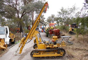 water borer track mount rig , nil hrs ,