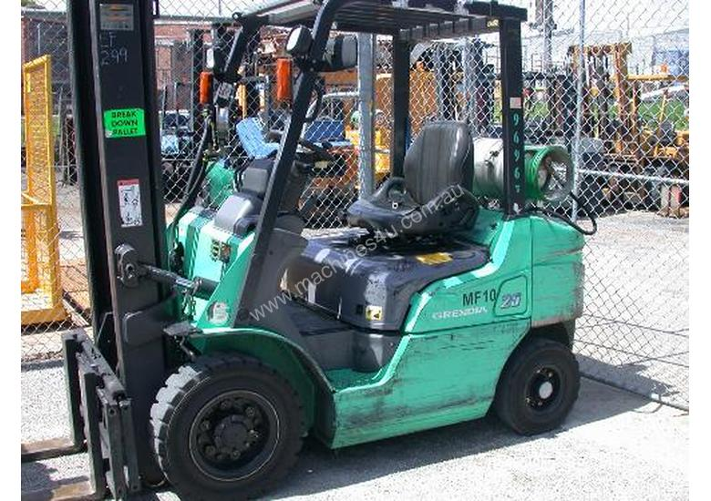 Used Mitsubishi FG25ZNT Counterbalance Forklift In