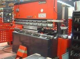 AMADA FBD 8020 5 axis cnc Brake Press - picture0' - Click to enlarge