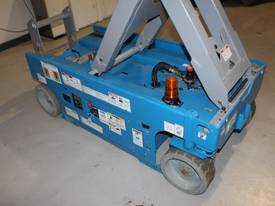 2014 Genie GS1932 -  Narrow Electric Scissor Lift - picture10' - Click to enlarge