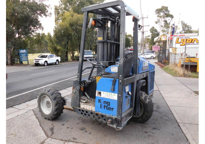 TKL-3x3-L terberg , 2009 , 387hrs , Yanmar engine , 2 LEFT