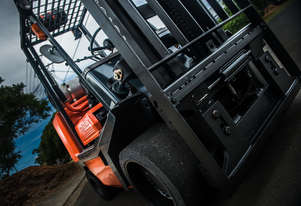 Toyota 3.6 tonne space saver forklift