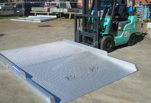 Forklift Container Ramp- Level Entry- 8T Capacity