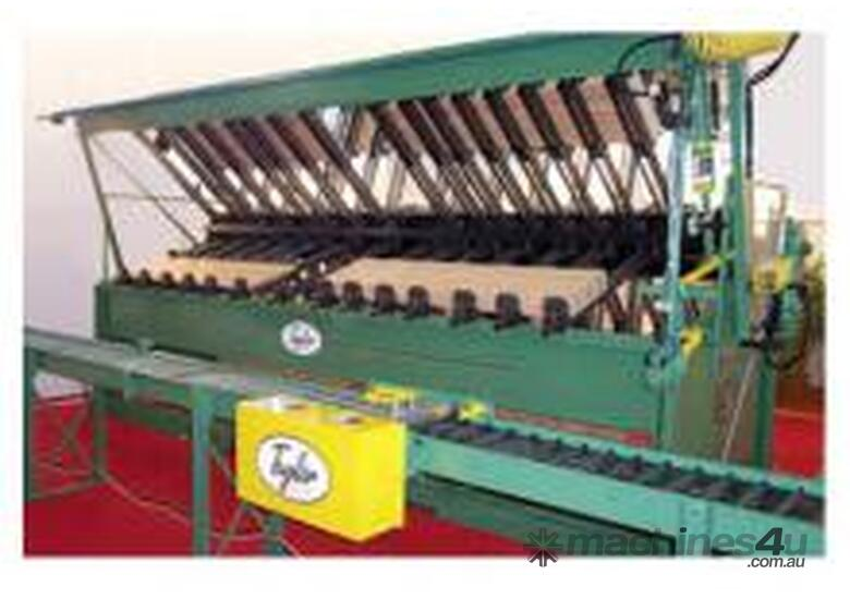 JAMES TAYLOR Clamping racks & carriers