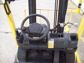 Hyster 1.8T Counterbalance Forklift - Good Condition - picture3' - Click to enlarge
